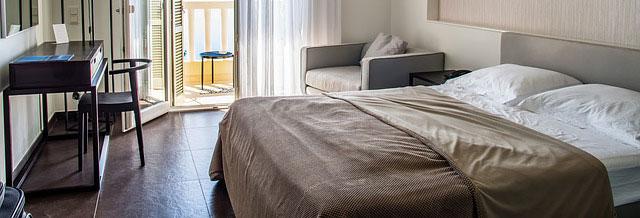 Best Hypoallergenic Bedding (Buying Guide)
